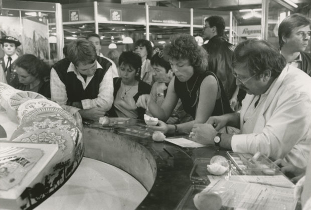 SVVB_ACV_NUM1_PP_966-296-22_1988_concours_fromages