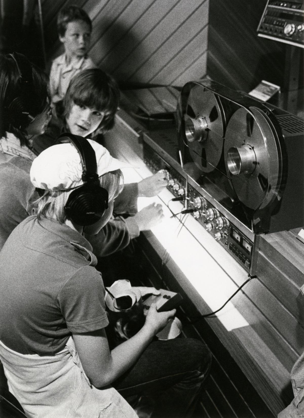 SVVB_ACV_NUM2_PP_966_301-11_1980_enregistreur